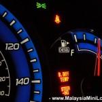 <b>Track fuel mileage</b>
