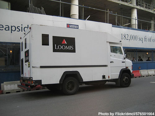 Loomis armored car