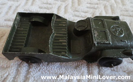 Antique Jeep toy car