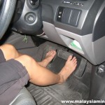 <b>Driving barefoot</b>