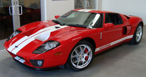 Red Ford GT