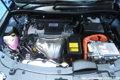 Toyota Camry hybrid engine