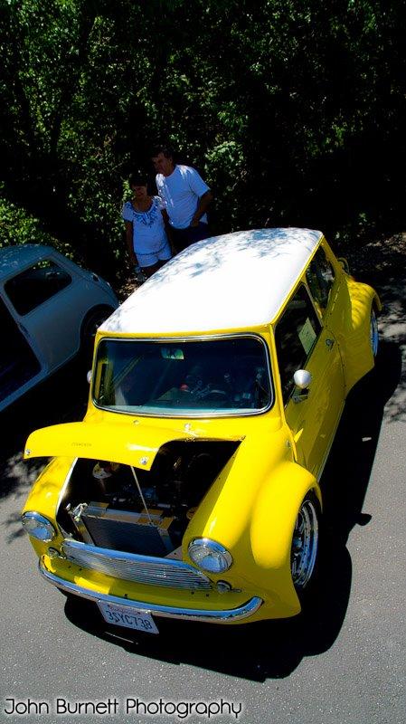 yellow Mini cooper