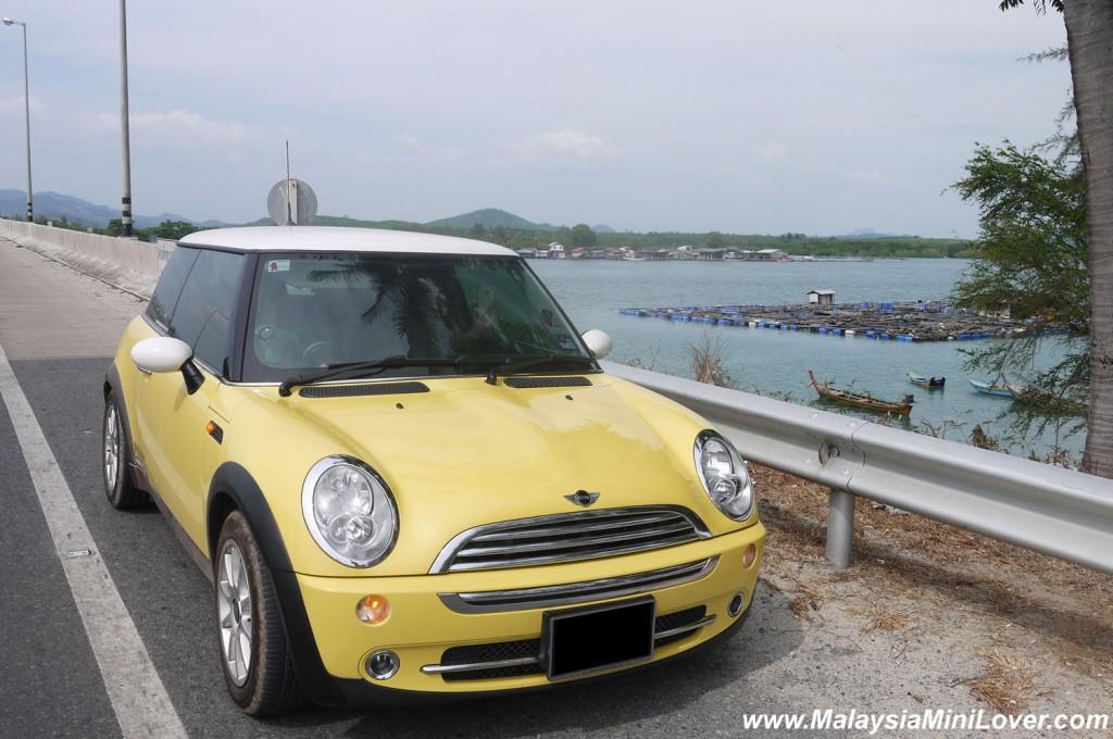 Drive a car to Phuket