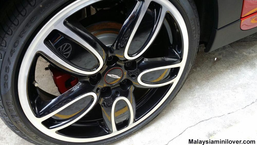 MINI JCW wheel