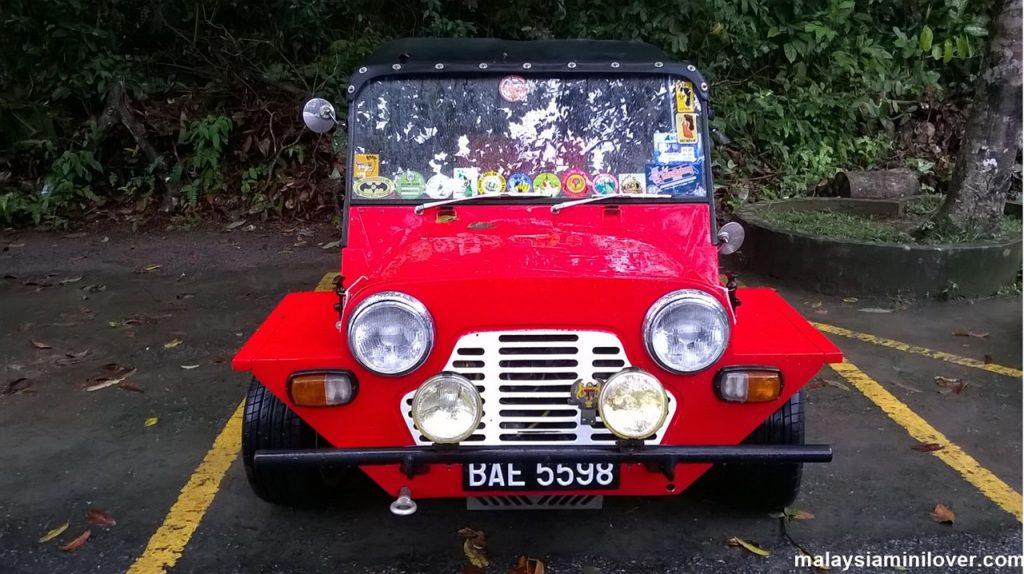 Mini Moke red
